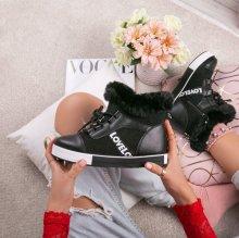 Dámske zimné tenisky LOVE čierne